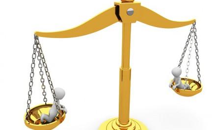 Kontrak, Di Antara Sanksi dan Kompensasi